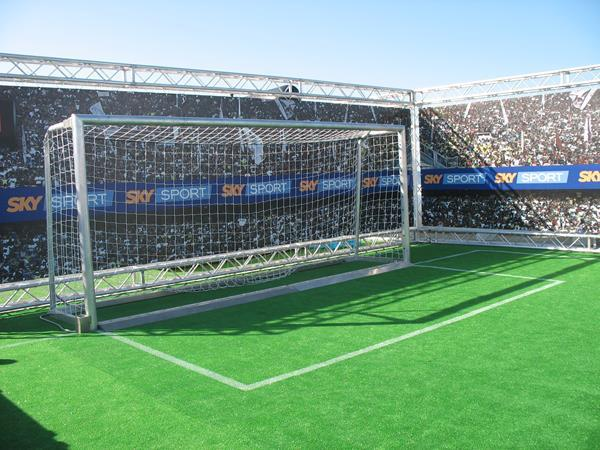 SKY TV Fußball Sommerpromotion-5 x 2 meters goal